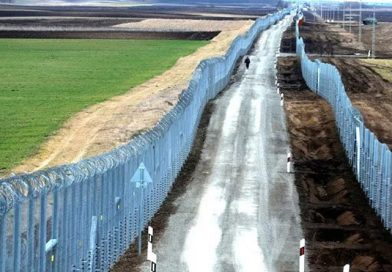 Hungary's New Border Fence Called a 'Spectacular Success'